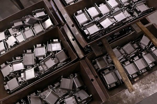 Heavy-Duty Industrial Hinge Design guidelines