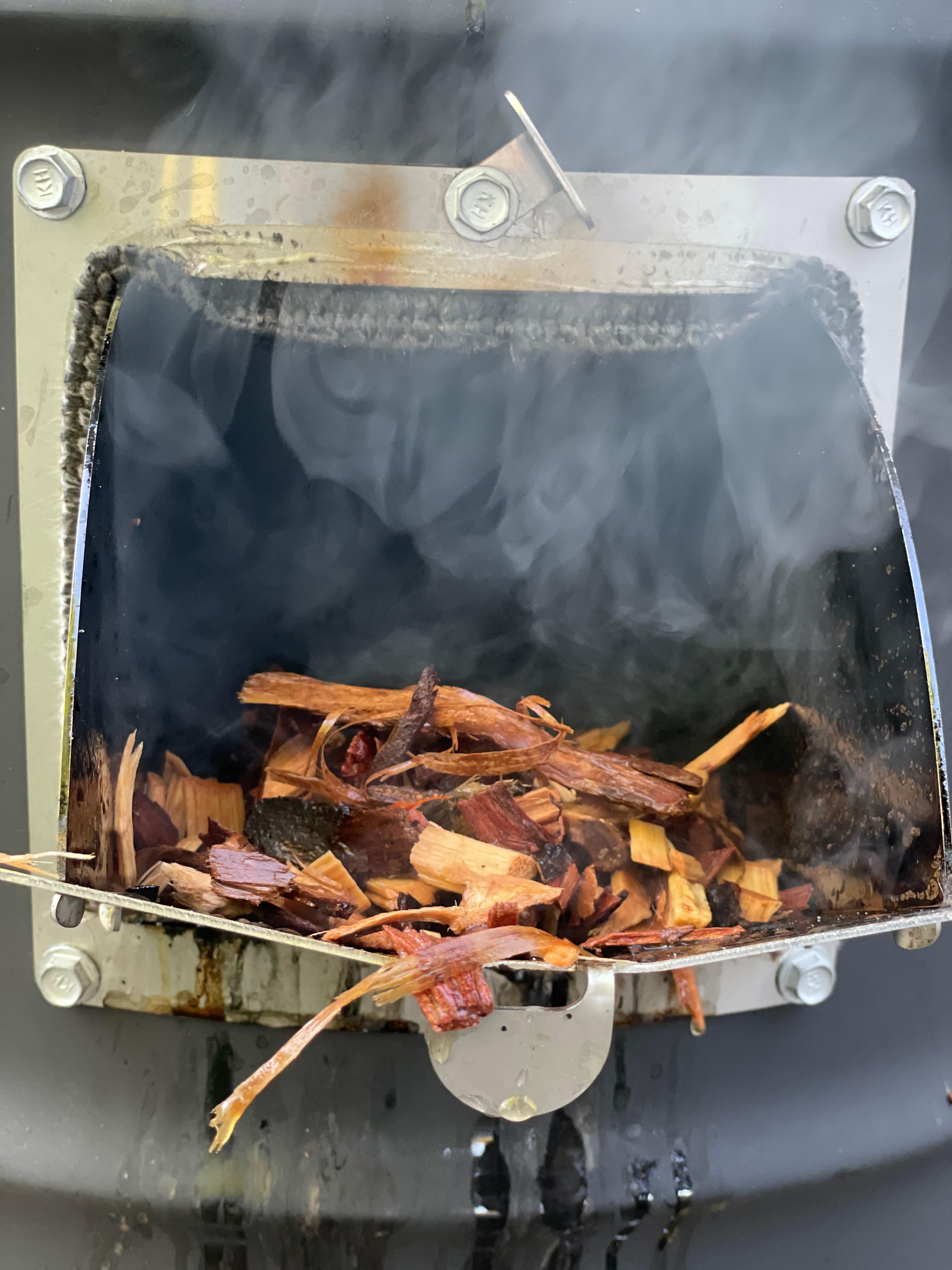 Smokin ugly ribs