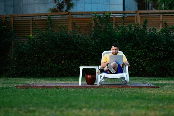 WK Outdoor Ergonomic Workspace Design Ideas Man in Lounge Chair