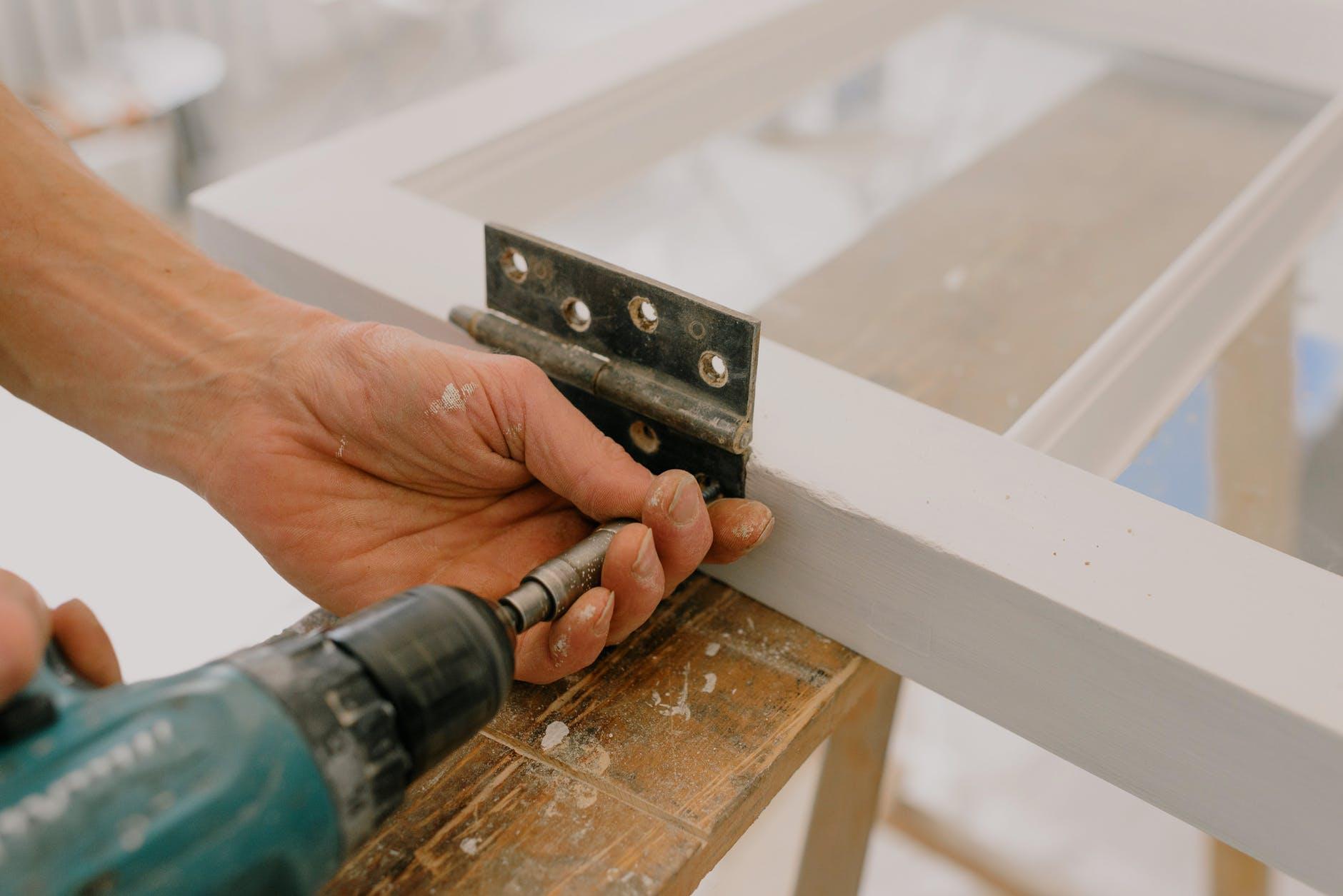 standard or heavy-duty industrial hinges - installing hinge