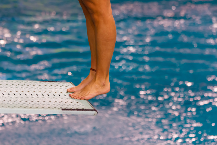 types of mechanical springs - diving board